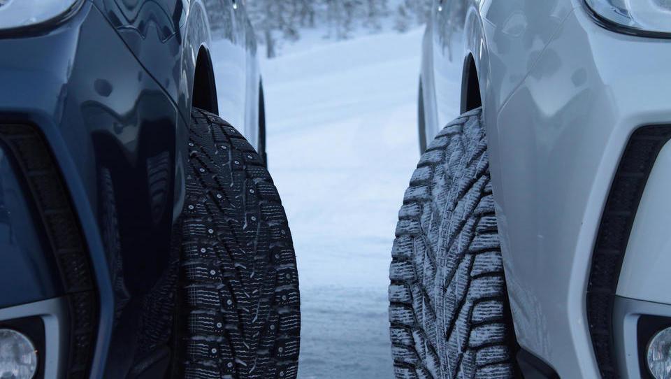 AMZS test zimskih pnevmatik: malo odličnjakinj in stara resnica o kompromisih
