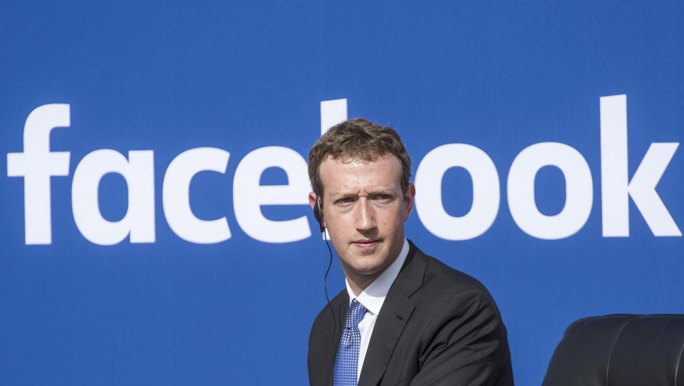 Zuckerberg na zaslišanju v evropskem parlamentu: več vprašanj kot odgovorov