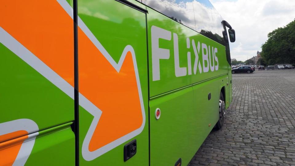 Eksplozivna širitev Flixbusa: kupujejo Megabus in preplavljajo 20...