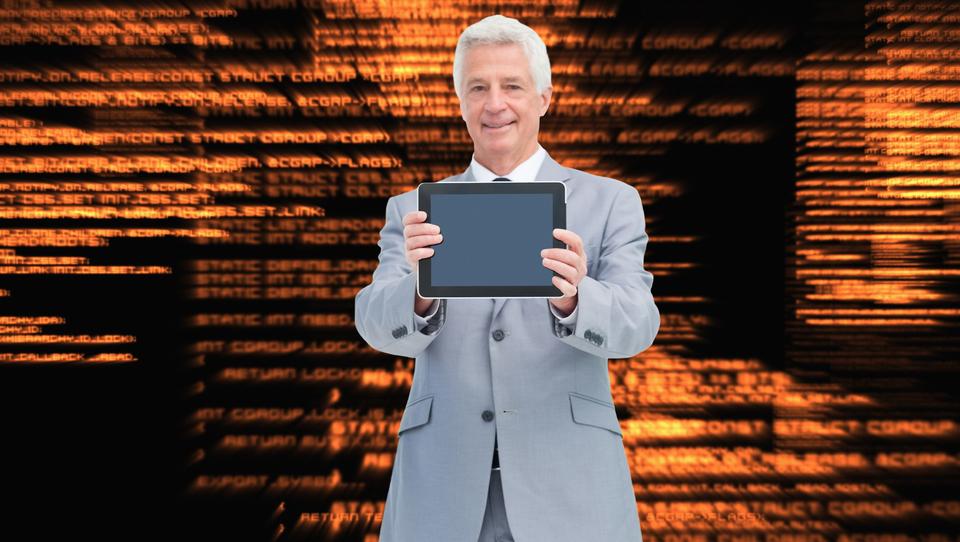 Starejši informatiki se lažje in hitreje prilagodijo novostim kot...